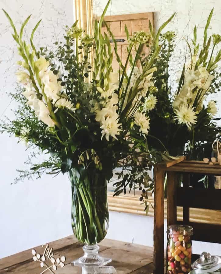 Florian BLumengeschäft Gesteck Blumenstrauß fest Feier hochzeit